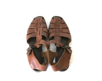 Brown Leather T-strap Huarache Sandals Vintage Womens Shoes Size 6.5 US