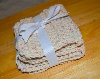 2 Pack of Crochet Washcloths