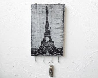 Eiffel Tower key storage holder, key holder for wall, key organizer black and white, key hook wall, Rustic home wall decor, wood