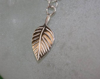 Leaf pendant 925 sterling silver chain 20 inches.