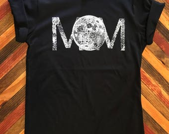 MOM/MOON Shirt