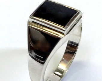 Sterling Silver vintage hand crafted quality black onyx men's ring.