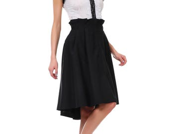 Elegant skirt with flared silhouette