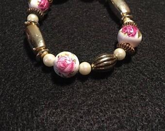 Rose and Gold Beaded Bracelet