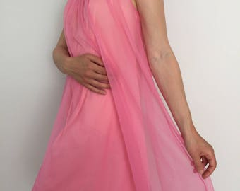 Vintage 1950's Vanity Fair Nightgown / 50's Hot Pink Nightie / Romantic Sleepwear / Made in USA