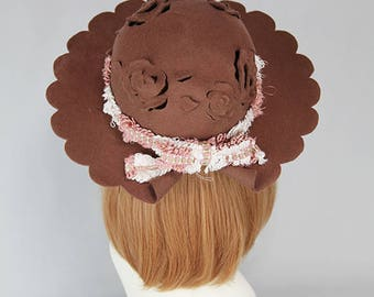 Scalloped and rose cut work hats