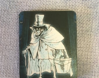 Hatbox Ghost Needle Minder