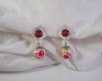 earring clips in pink and white