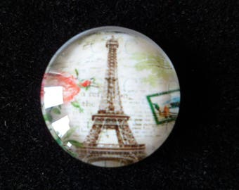 2 round 16 mm Eiffel Tower glass cabochons