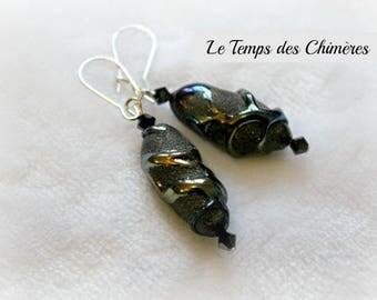 Oval earrings in black color dark blue metal swarovski crystal beads