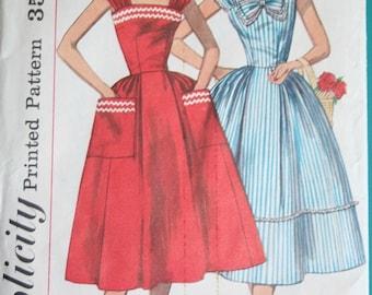 1957 Unused Vintage Simplicity Dress Pattern