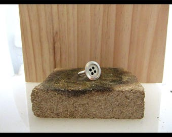 Hand made 925 solid silver button ring size M