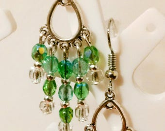 Earrings ' ears dangling chandelier metal silvery Green