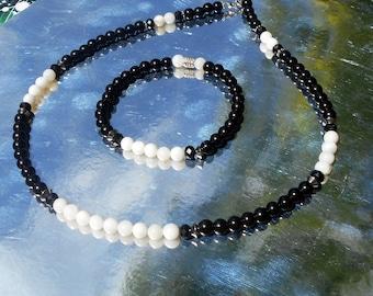 Bijoux homme parure COLLIER  BRACELET yin yang, Pierre Onyx noir,  Perles nacre blanc, Mala Yoga boho, cristaux Guérison, cadeau homme/femme