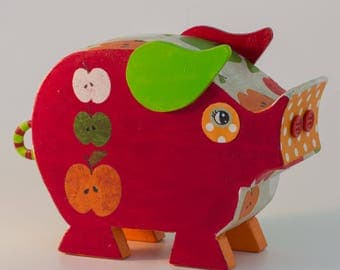 Pig piggy bank for children