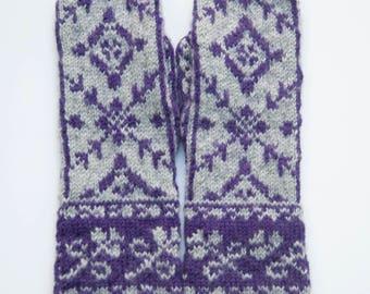 Handknitted Woman Mittens 100 % wool