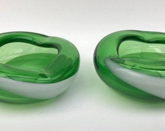 Matching Pair Japanese Kamei Green & White Bowls C1960/70