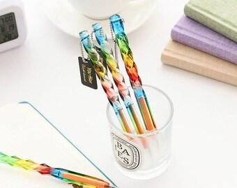 Swirl rainbow pen.