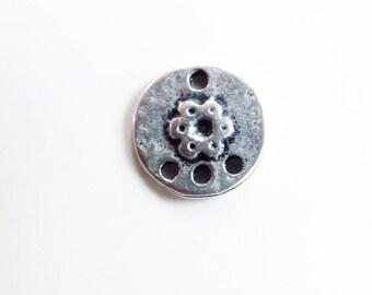 Intercalaire rond 12mm argenté vieilli fleur 3 trous