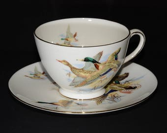 ROYAL CHELSEA, Duck, Teacup, and saucer, England, gold gilt, Vintage, 5058, coffee cup, bird, flying duck