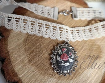 Floral choker Embroidered pendant choker Pink rose necklace Eco pendant Embroidery jewelry Pink wife jewelry Fabric choker Nature lover gift