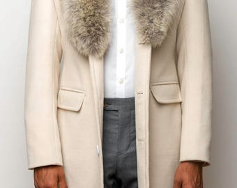 WELTHĒ 'Coyote' Winter White Wool/Cashmere Top Coat with Coyote Fur Collar