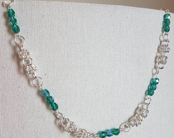 Emeral Glass Bead and Byzantine Chain Necklace