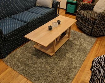 Tasteful and Modern Maple Coffee Table