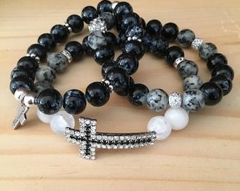 Beaded Bracelet; Black and White Jewelry; Stretch Jewelry; Beaded Bracelet Stack;