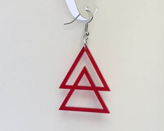 double triangle | red or green