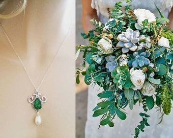 Emerald Necklace Swarovski Green Crystal and Pearl Necklace Wedding Jewelry Hunter Green Bridesmaid Set Sterling Silver Necklace Drop