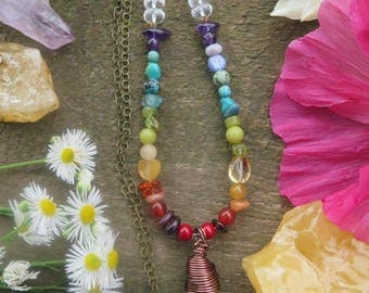 Raw  Clear Quartz Crystal Pointed Pendant Necklace -  Ombre Rainbow Stones Crystals - Brass Chain Hippie - Beaded Womens Boho Jewelry