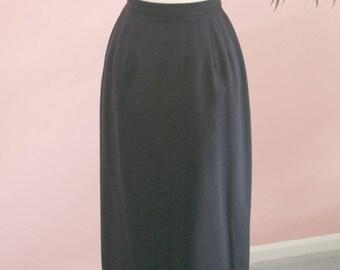Navy Blue Fully Lined  Skirt Size 8, Long Skirt, Circa 80's Skirt, Navy Blue Pencil Skirt, 100% Wool Skirt, Winter Skirt, Work Attire