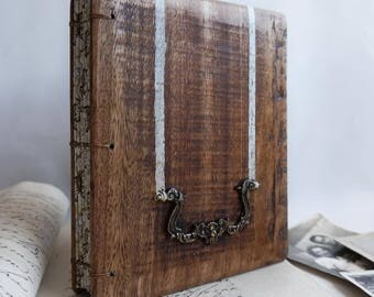 Distresed wood journal Anique Guest Book