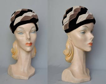 Vintage Velvet Hat 1960s Gathered Turban Style Ivory, Taupe and Black, Amy New York, 21 inch head