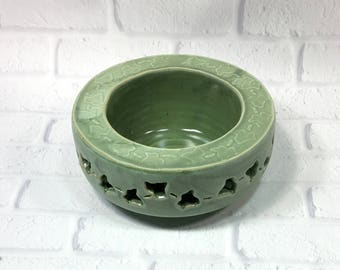 Decorative Ceramic Bowl, Ikebana Bowl, Dip Bowl, Centerpiece, Ikebana Flower Bowl, Green Bowl, serving bowl, accent piece, Tabletop decor