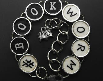 Hashtag Book Worm Bracelet for Readers #bookworm