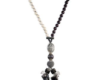 One of a Kind Afrika Afrika Two Tiny Elephants Necklace with Ebony and White Natural Wood Beads
