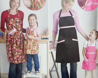 Simplicity 2555 - Mother & Daughter Adjustable Apron in All Sizes - Great for Baking, Cooking Together! - Sizes Sm - Lg
