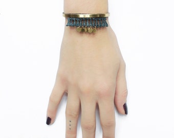 Lace bracelet - CHARAS - Black, burgundy, teal or white lace