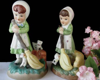 Girls And Kittens Figurines * Farm Girls With Brooms * Playful Kittens * Matching Pair Of Vintage Figurines * Korea