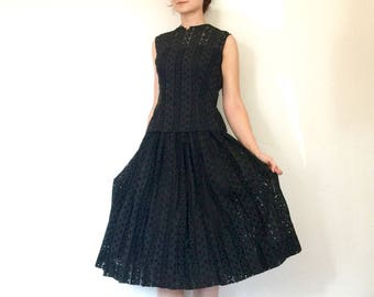 1950s Dress Vintage Black Eyelet Shell Top Full Skirt 2-Piece Set XS