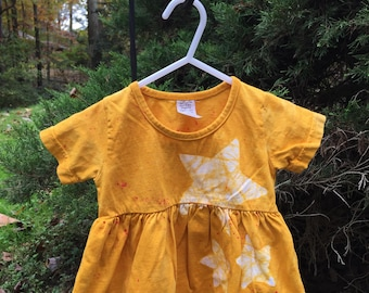 Yellow Baby Dress, Star Baby Dress, Celestial Baby Dress, Yellow Star Dress, Baby Shower Gift, Christmas Gift, First Birthday (12 months)