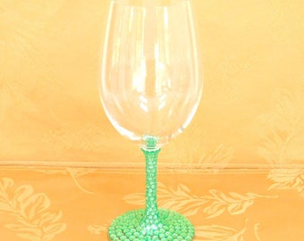 Peridot Green, Light Green Rhinestone Decorated Wine Glasses, Toasting, Wedding, Shower, Bridesmaid Glasses, Choose Any Quantity