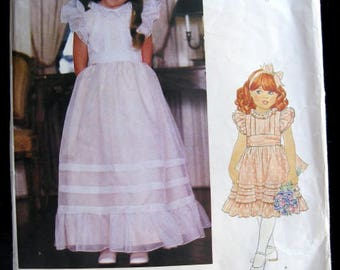 Little Vogue Pattern 2898, Girl's Dress and Sash, Size 4