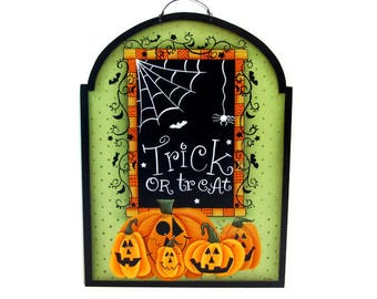 Halloween Trick or Treat Pumpkins Arched Sign, Handpainted Wood, Primitive Home Decor, Hand Painted Prim Wall Art, Tole Decorative Painting