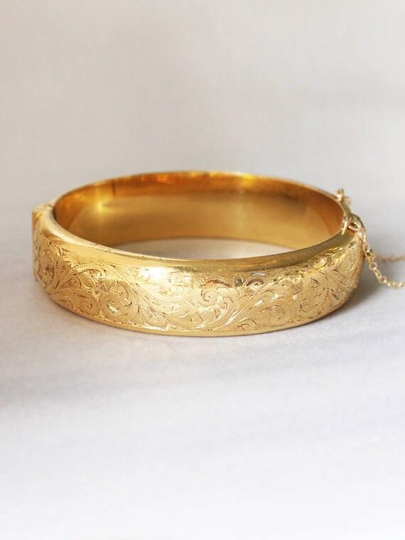 Vintage Gold Bangle Cuff Bracelet, Swirl Engraved 9ct Gold Metal Core - Intricate Detail