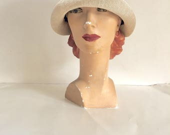 vintage 1920s cloche hat - CHAMPAGNE  straw flapper hat