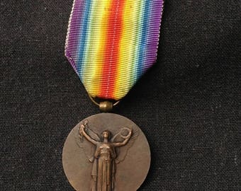 French Victory medal 1914-1918. World War militaria allied award souvenir from France.
