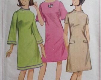 1960's Junior Petite A-Line Dress Pattern - Simplicity 6751 - Size 5JP, Bust 31 1/2